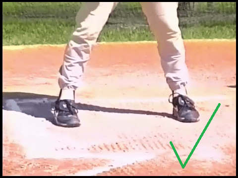 baseball player toes pointing in